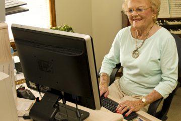 Milyen asztali PC-t vegyek a nagyszüleimnek?