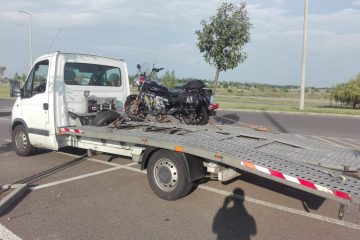 Motorkerékpár szállítása